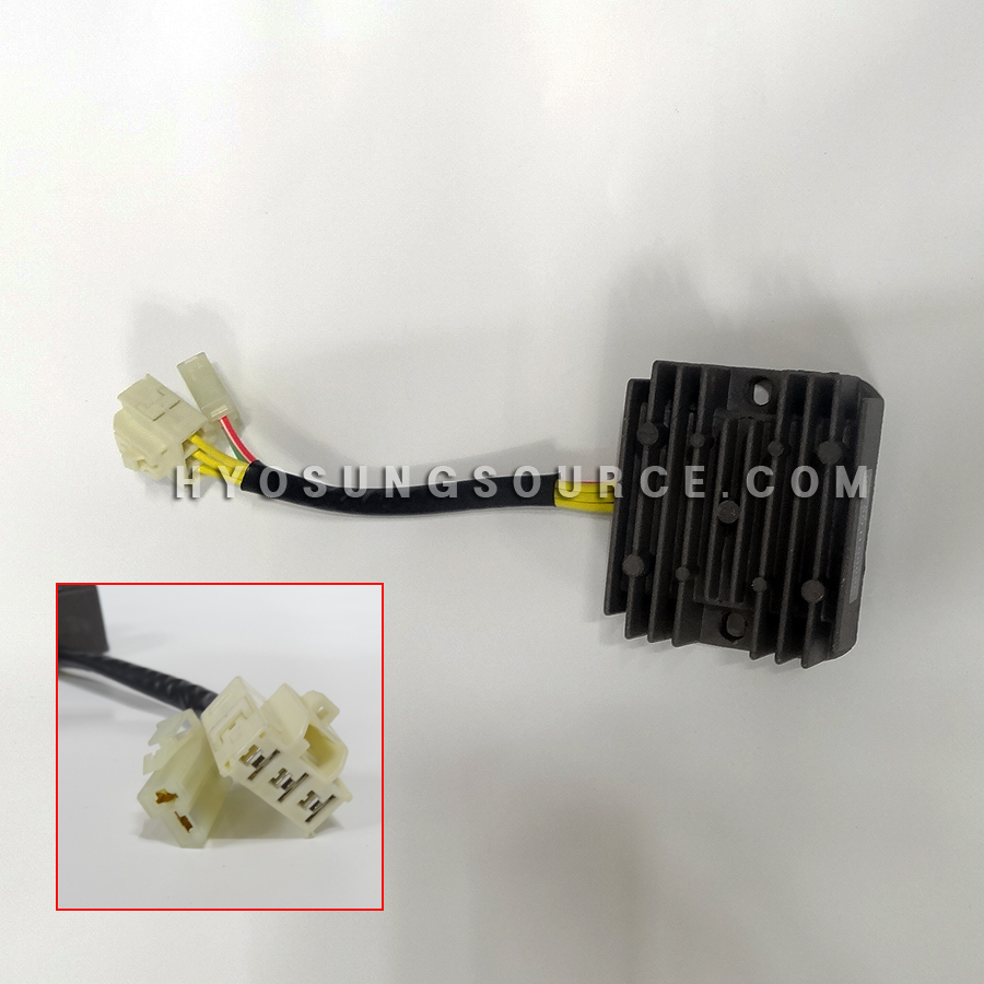 Genuine Regulator Rectifier Large Plug Hyosung GT650R GV650 ST7